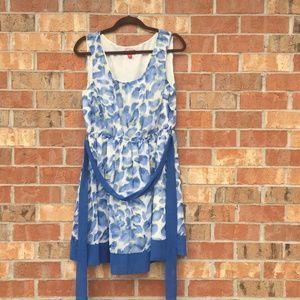 Beautiful Elle Summer Dress  Size Large